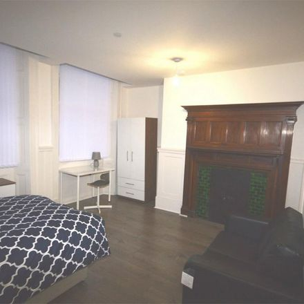 Rent this 1 bed apartment on Longden Walker & Renney in John Street, Sunderland SR1 1DX