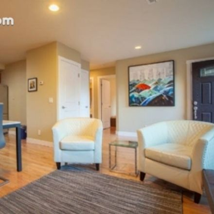 Rent this 2 bed apartment on 933 Oregon Avenue in Palo Alto, CA 94303