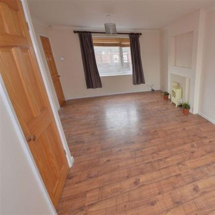 Rent this 2 bed apartment on Martyna Polish Food in 26 Beancroft Road, Wakefield WF10 5BP