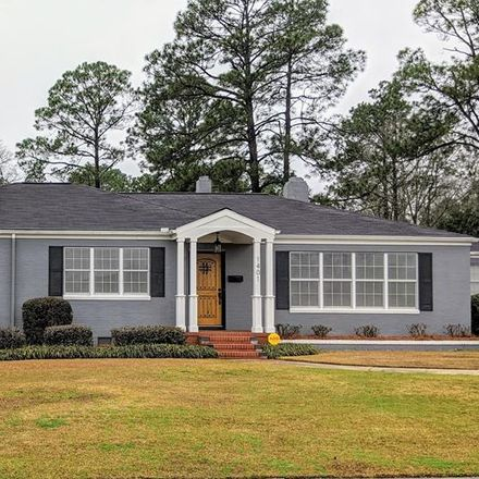 Rent this 3 bed house on 1401 Center Drive in Vidalia, GA 30474