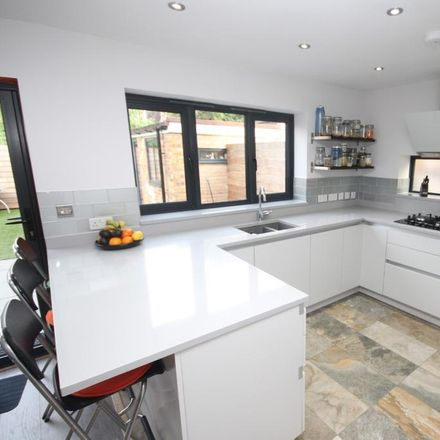 Rent this 3 bed house on Coombes Close in Basildon CM12 0LL, United Kingdom