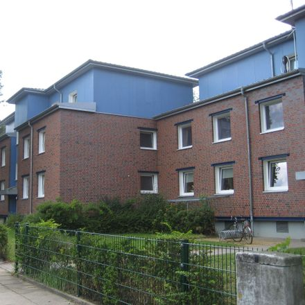 Rent this 4 bed townhouse on Geesthacht in Düneberg, SCHLESWIG-HOLSTEIN