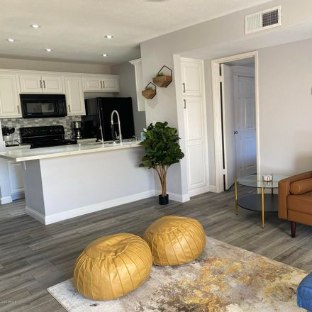 Rent this 1 bed apartment on East Thomas Road in Scottsdale, AZ 85251