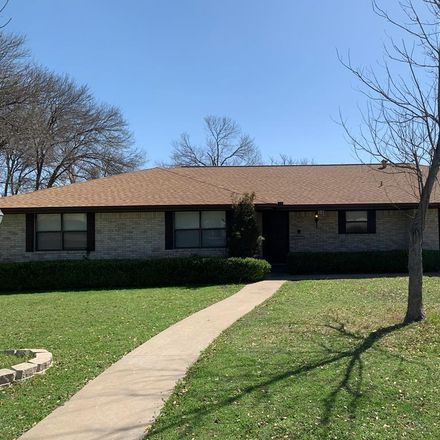 Rent this 3 bed house on Wild Timber Dr in Kerrville, TX