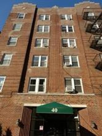 Rent this 2 bed condo on 40 Tehama Street in New York, NY 11218