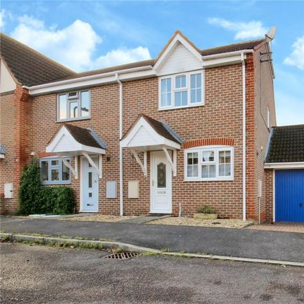 Rent this 3 bed house on Spinage Close in Vale of White Horse SN7 7BW, United Kingdom