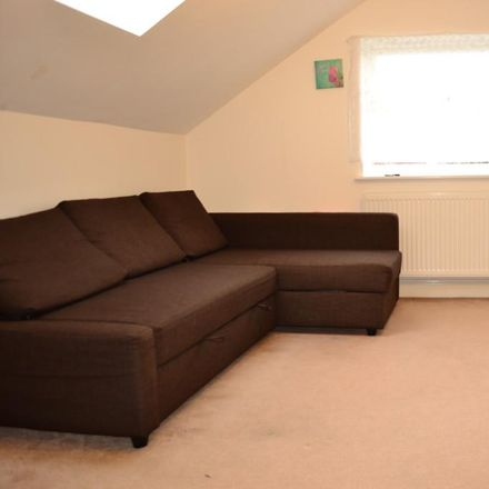 Rent this 2 bed apartment on Cross Road in Broxbourne EN8 7HU, United Kingdom
