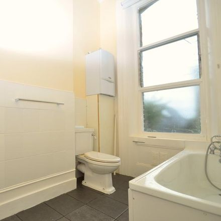 Rent this 1 bed apartment on Cash4Clothes in Argyle Road, London W13 8LF
