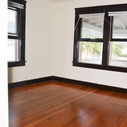 Rent this 1 bed apartment on 3rd Ave S in Saint Petersburg, FL