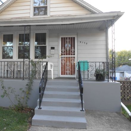 Rent this 3 bed house on 9750 South Avenue J in Chicago, IL 60617