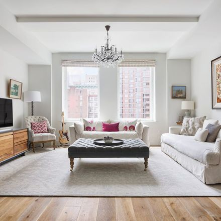 Rent this 3 bed loft on 93 Worth Street in New York, NY 10013