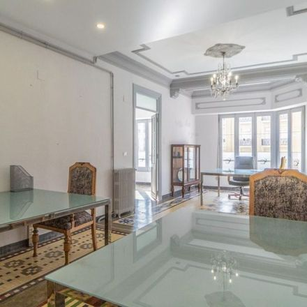 Rent this 3 bed apartment on Casa Francisco Ordeig in Carrer dels Ramillets, 46001 Valencia