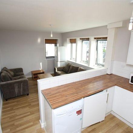 Rent this 6 bed apartment on Newcastle upon Tyne NE2 1XX