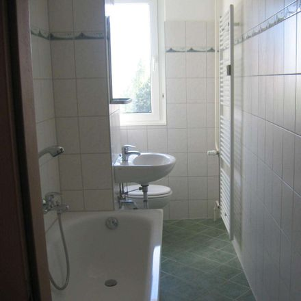 Rent this 3 bed apartment on Schulstraße 25 in 04552 Borna, Germany