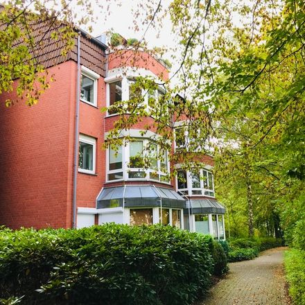 Rent this 3 bed apartment on Vahrer Straße 179 in 28309 Bremen, Germany
