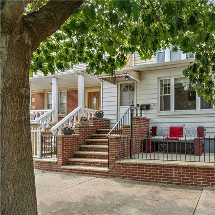 Rent this 3 bed house on 931 Revere Avenue in New York, NY 10465
