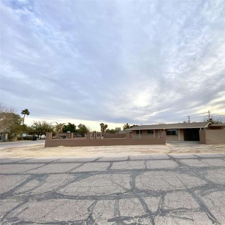 Rent this 3 bed house on San Francisco Ave in Wellton, AZ