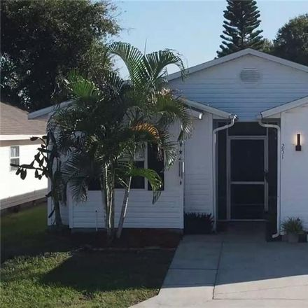 Rent this 3 bed house on US Hwy 27 in Four Corners, FL