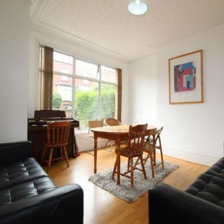 Rent this 1 bed room on Roman Grove in Leeds LS8 2DT, United Kingdom