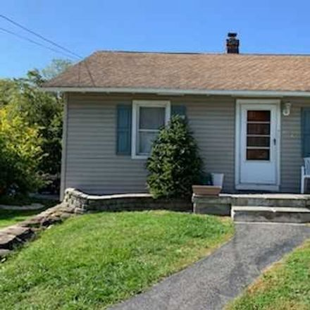 Rent this 2 bed house on Peckham Rd in Poughkeepsie, NY