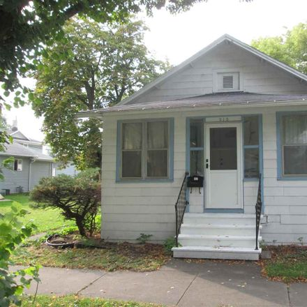 Rent this 3 bed house on N Maple Ave in Green Bay, WI