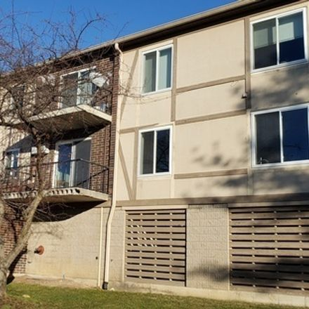 Rent this 2 bed townhouse on 1675 Kiowa Circle in Naperville, IL 60565