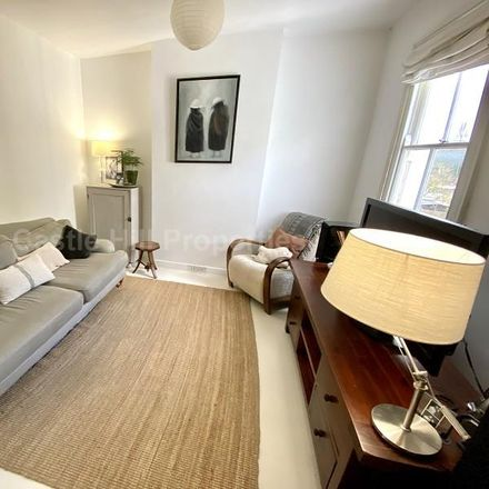 Rent this 2 bed apartment on Ealing Short Break Service in Green Lane, London W7 2PA