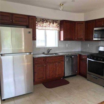 Rent this 6 bed house on 191 Van Name Avenue in New York, NY 10303