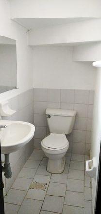 Rent this 4 bed apartment on Titanic Cambios in Carrera 5, Comuna 3