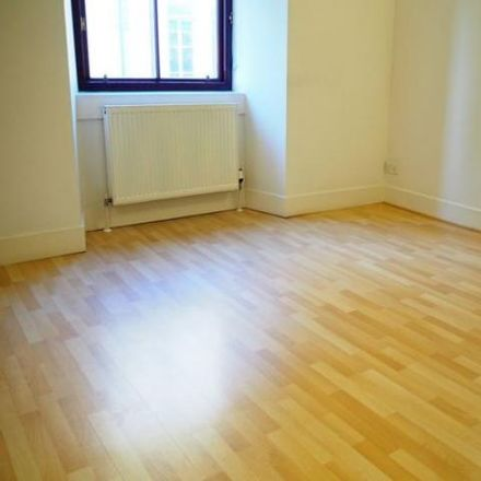 Rent this 1 bed apartment on The Italian Centre in John Street, Glasgow G1 1HP