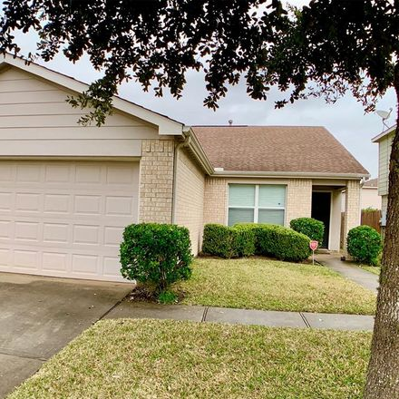 Rent this 3 bed house on 29338 Legends Green Drive in Montgomery County, TX 77386