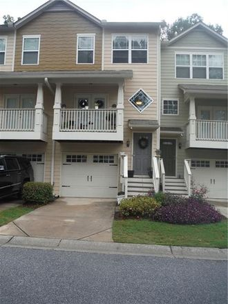 Rent this 3 bed townhouse on Liberty Ave SE in Atlanta, GA