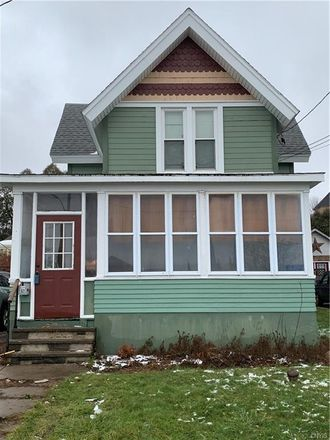 Rent this 3 bed house on 213 North Wilbur Avenue in Syracuse, NY 13204