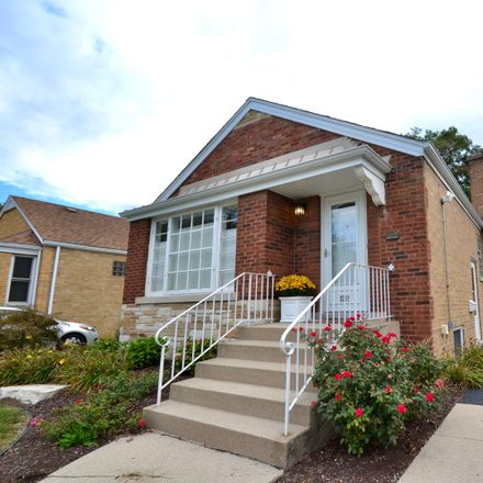 Rent this 3 bed house on 9215 South Sacramento Avenue in Evergreen Park, IL 60805