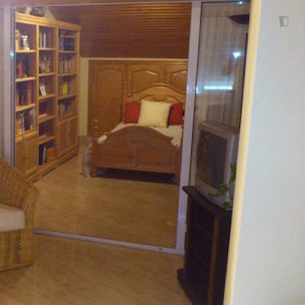 Rent this 4 bed room on Calle Perú in 6, 28823 Coslada