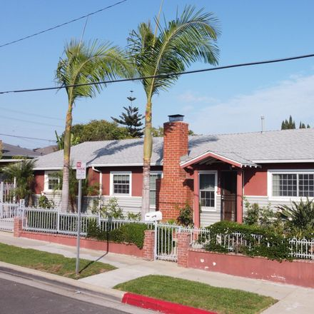 Rent this 3 bed house on Harvard Boulevard in Los Angeles, CA 90029-2631