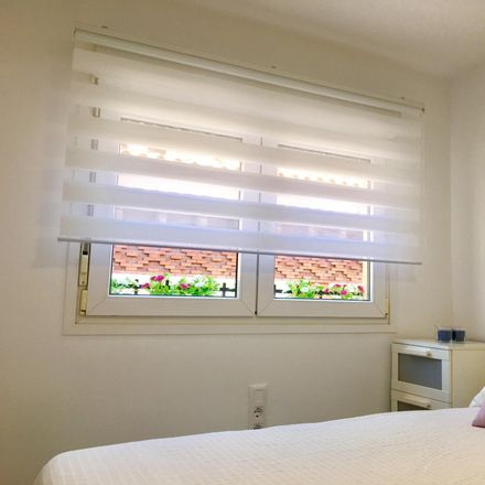 Rent this 2 bed apartment on Travesía de las Pozas in 28001 Madrid, Spain
