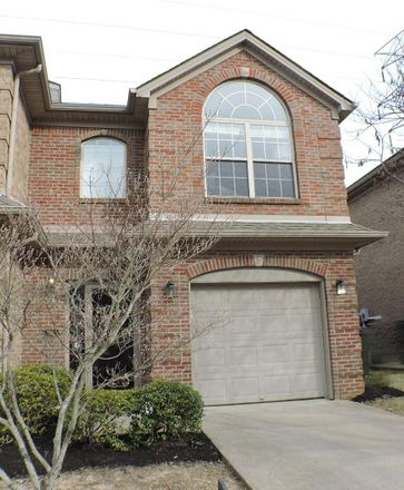 Rent this 3 bed apartment on 318 Broadleaf Lane in Lexington, KY 40503