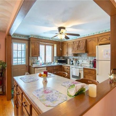 Rent this 3 bed house on 99 Peach Orchard Drive in East Providence, RI 02915
