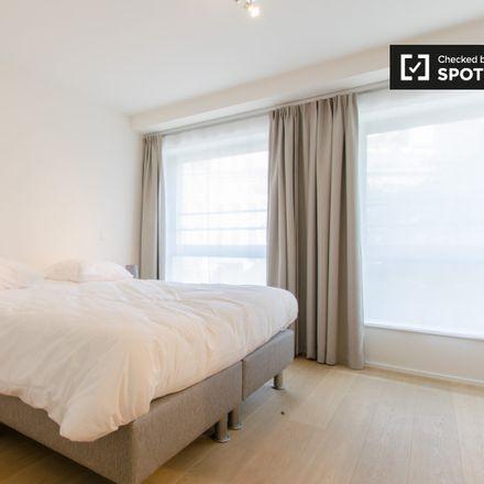 Rent this 2 bed apartment on Rue du Prince Albert - Prins Albertstraat 33 in 1050 Ixelles - Elsene, Belgium