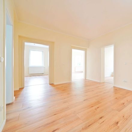 Rent this 5 bed apartment on Gitterseestraße 2 in 01187 Dresden, Germany
