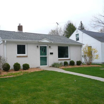 Rent this 1 bed house on 445 Hartung Street in Green Bay, WI 54302