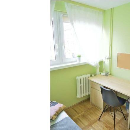 Rent this 4 bed room on Kuźnicza 30 in 50-115 Wrocław, Polska