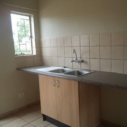 Rent this 2 bed apartment on Jensen Road in Fir Grove, Akasia