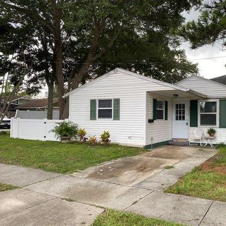 Rent this 1 bed duplex on 500 35th Avenue North in Saint Petersburg, FL 33704