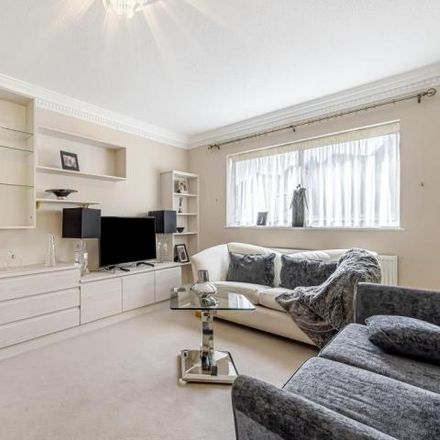 Rent this 2 bed apartment on Avenue House in East End Road, London N3 3QJ