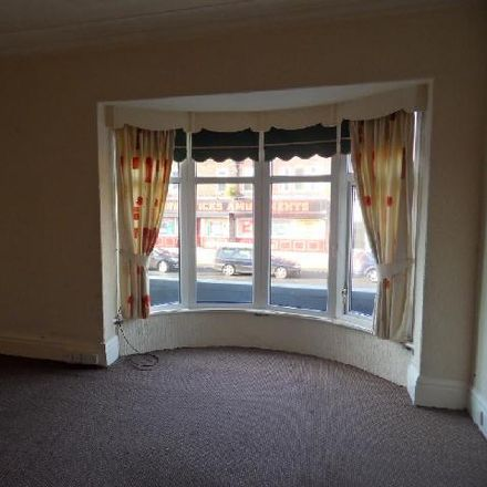 Rent this 2 bed apartment on Go Greek in Westcliffe Drive, Bispham FY3 7BJ