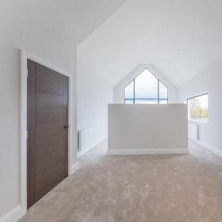 Rent this 2 bed apartment on Elliott Court in Leeds LS13 1FD, United Kingdom