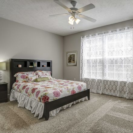 Rent this 3 bed apartment on General Hatton in Public Square, Lebanon