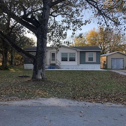 Rent this 3 bed house on 300 South Hovey Street in Chico, TX 76431